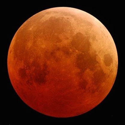 Lunar Eclipse-2004 by Fred-Espenak