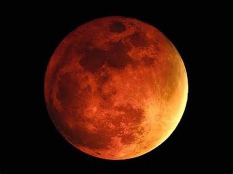 Blood moon / Wikimedia Commons