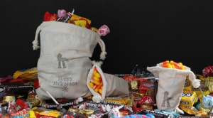halloween-trick-or-treat-bags-cat